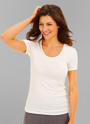 Класная бельевая футболка от tchibo, размер евро 44/46