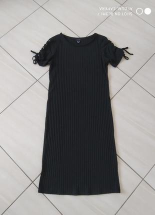 Плаття по фігурі в рубрик