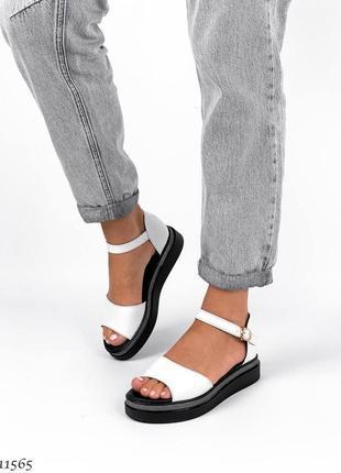 Босоножки боссоножки белые сандалии натуральная кожа трендовые