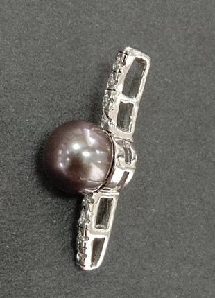 Серебряный кулон с черной жемчужиной и фианитами - арт 99321618
