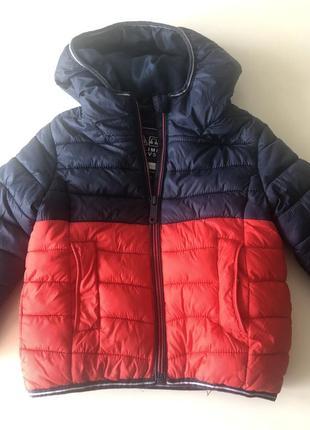Курточка c&a