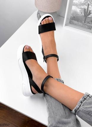 Босоножки боссоножки сандалии натуральная кожа трендовые на высокой подошве чёрные2 фото