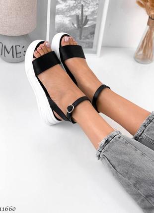 Босоножки боссоножки сандалии натуральная кожа трендовые на высокой подошве чёрные4 фото