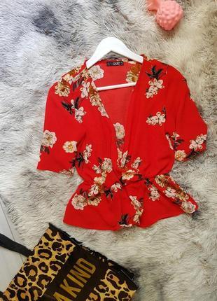 Блуза цветы quiz