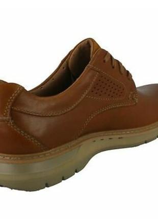 Кожаные туфли европейского бренда clarks