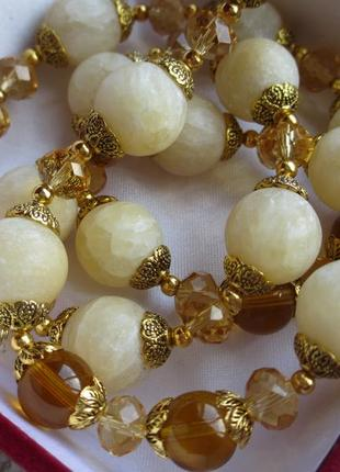 Бусы ожерелье из оникса янтарного цвета матовой шлифовки и чешского стекла, 63 см, вес 85 г