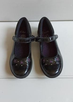 Лаковые туфли clarks р.33,5