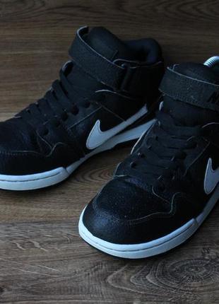 Крутые кроссовки nike sb4 фото