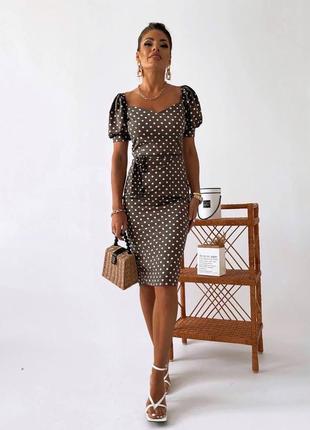 Платье футляр женское в горошек рукава фонарики длина миди с поясом чёрный, шоколад, джинс, белый