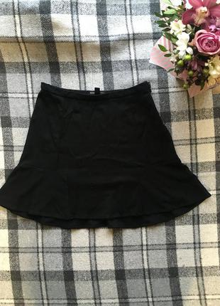 Юбка чёрная короткая