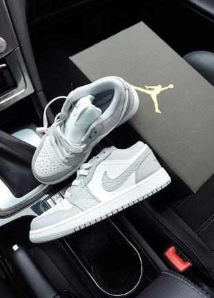 Nike air jordan 1 low4 фото