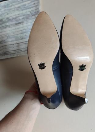 Туфли лодочки туфлі середній каблук4 фото