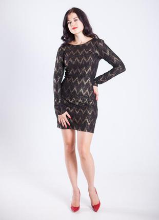 Эффектное нарядное черное с золотым платье от vila