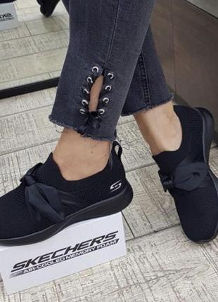 Женские, легкие, удобные кроссовки skechers размер 40 1500  грн
