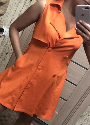 Оранжевое платье пиджак трендовое стильное стильна сукня