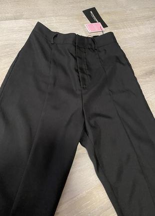 Классические штаны внизу с разрезами .очень легкие   ‼️ (срочная продажа вещей по низким ценам!)