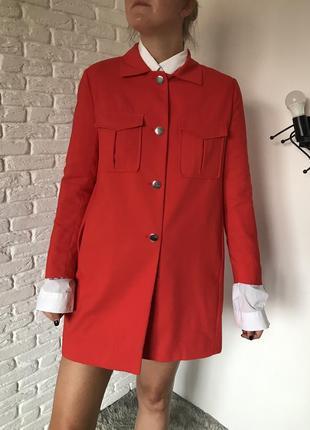 Длинный пиджак кирпичного цвета, удлиненный блейзер