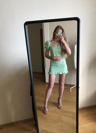Платье в ромашки zara