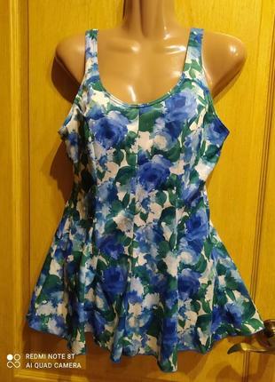 Фирменный сплошной купальник платье