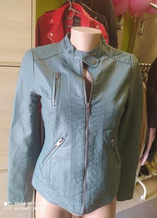 🦚🦚🦚🦚🦚стильная курточка косуха грязно-оливкого цвета с еко кожи only