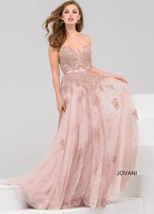 Нежное вечернее платье а-силуэт до пола jovani