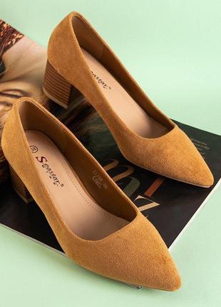 Жіночі  коричневі туфлі