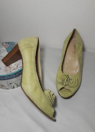 Стильні брендові  італійські туфлі venezia, 40р
