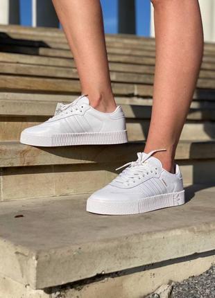 Кроссовки адидас  женские часто белые под платье adidas sambo white
