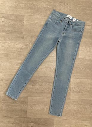 🍀качественные скины джинсы высокая посадка