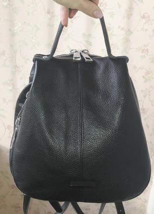 Продам срочно кожанный рюкзак 1000грн.