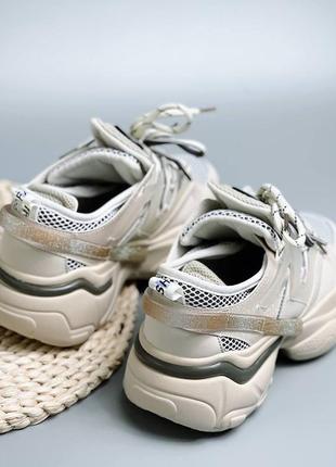 Бежевые модные женские кроссовки 6841 (маломерят)