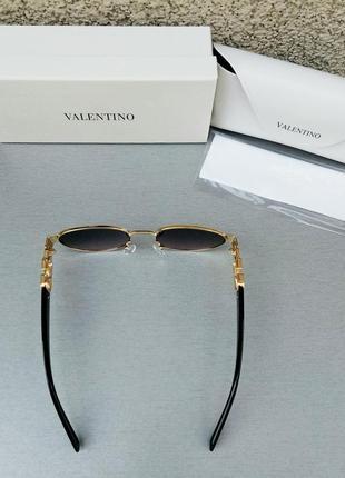 Valentino стильные женские солнцезащитные очки серо розовый градиент в золотом металле5 фото