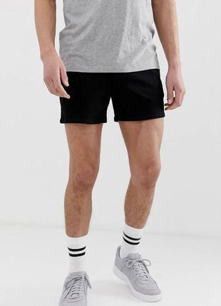 Чёрные короткие стретч стрейч джинсовые шорты