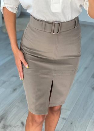 Стильная женская деловая юбка-карандаш