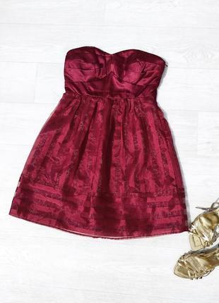 Красивое вечернее бордовое платье бюстье vero moda