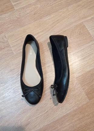 Потрясающие брендовые балетки туфли