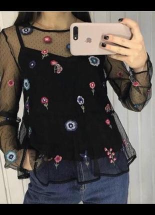 Блуза с вышивкой от zara