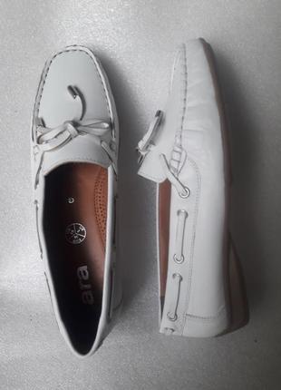Ara нові повністю шкіряні мокасини на середню ногу 38 р.