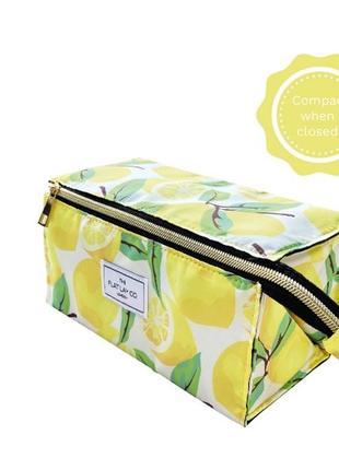 The flat lay co. lemon print box makeup bag косметичка все в одном