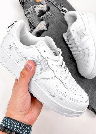 Натуральная кожа, трендовые белые женские кроссовки