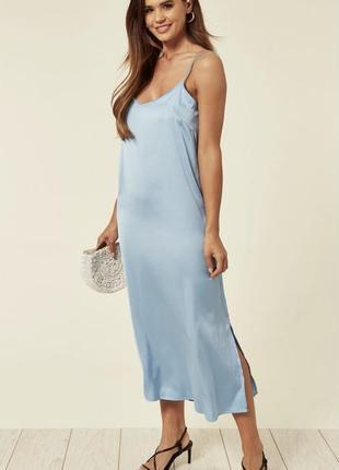 Очень нежное голубое шелковое платье