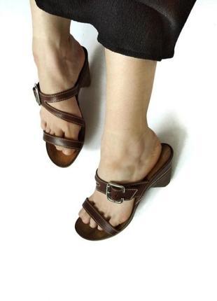 100% кожа босоножки коричневые с ремешком от vero size 38