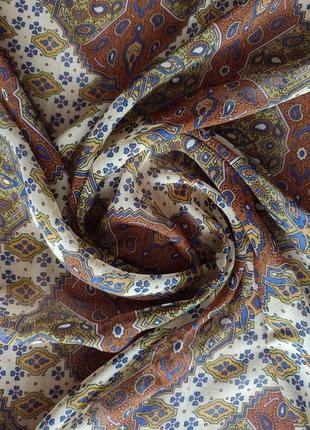 Большой шелковый платок италия размер - 130*134 см