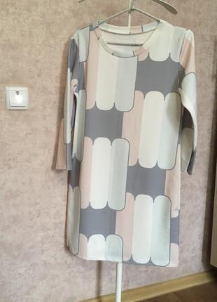 Платье италия р.10-12