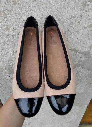 Р.39.5 clarks (оригинал) кожаные туфли балетки.
