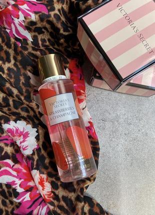 Мист спрей парфюмированный strawberry champagne victoria secret