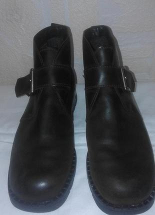 Теплые зимние ботинки из кожи camel