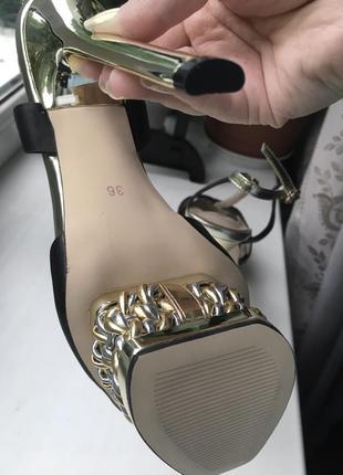 Кожаные туфли босоножки vessardi из натуральной кожи высокие на шпильке шпильках каблуке каблуках вечерние нарядные8 фото