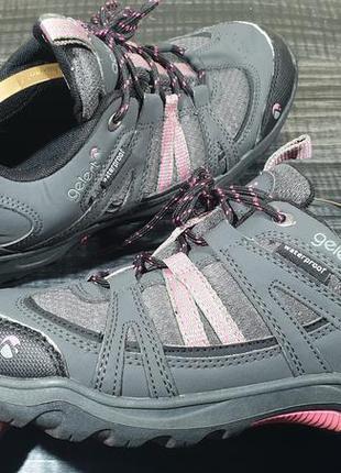 Трекинговые кроссовки gelert