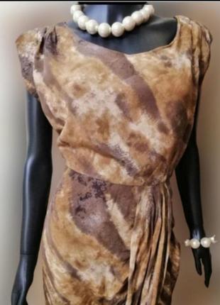 Фирменное шелковое платье